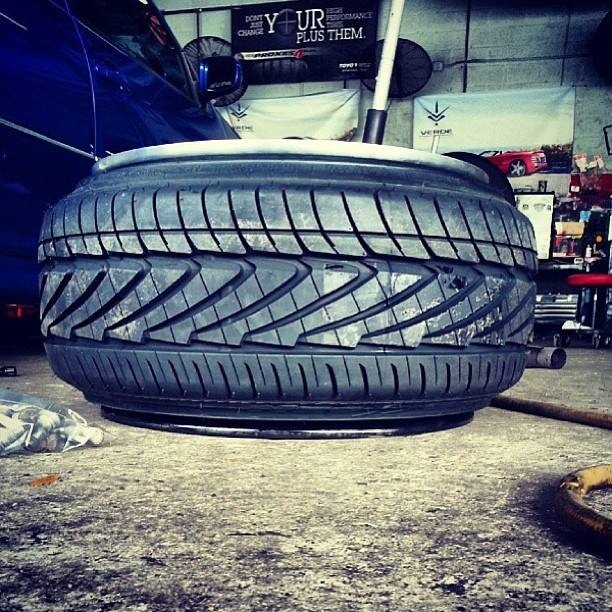 Streched tires